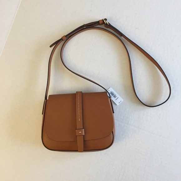 NWT Gap crossbody saddle purse 1ccd7b1423446